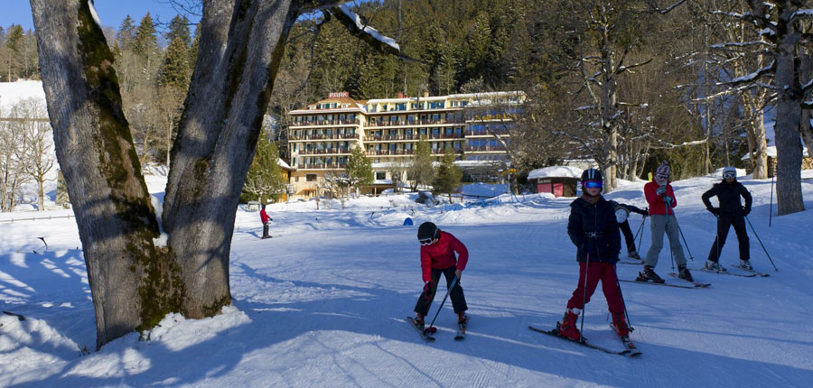 Switzerland_Wengen_Hotel-Beausite-Park-Jungfrau-Spa_Exterior-winter2.jpg